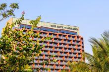 这是丽思卡尔顿酒店全国首家高尔夫度假酒店,也是万豪旗下海口唯一的奢华酒店。酒店于2017年初开业,以