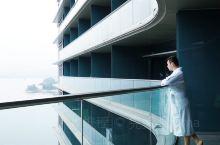 拥有绝美泳池 坐拥一线湖景 千岛湖C位酒店当仁不让 绿城系列酒店品质在酒店控群体中都是有口皆碑的,不