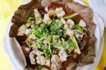 到恩平来,要记得试试——簕菜白菜九肝菜,黄鳝石蛤走地鹅。 泡完汤的下午5点,感谢某只的坚持,就近选择