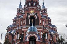 伊尔库茨克印象: 伊尔库茨克是伊尔库茨克州的首府,市内没有高楼大厦,但随处可见欧式建筑和东正教堂,楼