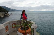 意大利的小城的里雅斯特(Trieste)是一个非常优美的港口城市。它的统一广场是欧洲最大的临海港口广