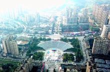 长江、赤水河、习水河,三江交汇,2000多年的合江古城已留存不多,新城在长江边拔地而起,古城如何保护