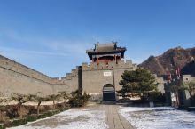 冬日里的黄崖关长城,在12月的第一天去爬了黄崖关长城,由于下雪了考虑到安全没能爬到顶,有一点景区做的