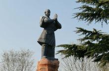河南嵩山少林寺,一次急急忙忙的参观行程,参观了塔林,大雄宝殿,练功房,武术表演,第一次来到少林寺,下