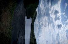 碧水蓝天,保护自然