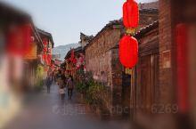 长汀古城一个值得一看的好地方,民风淳朴,不仅是红色的纪念地。 当地的美食也很有特色,有很多薯相关的食