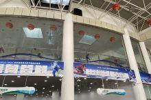 亚布力新体委滑雪场       亚布力是中国最大的滑雪目的地,每年有大量的游客来此滑雪。目前管理规范