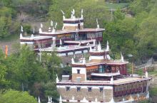 """丹巴~甲居藏寨 甲居藏寨位于甘孜州丹巴县境内,距县城约8公里,是丹巴最具特色的旅游景区。 """"甲居"""","""