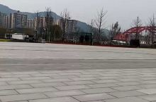 四川南充北站,修的很漂亮很大