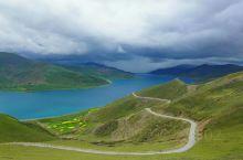 8月1日,达噶乡G318国道拐入雅鲁藏布江河谷,慢慢爬上岗巴拉山,从海拔3600上升到4990,这里