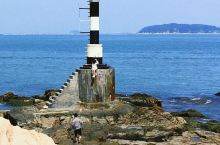 亮点特色: 漳州东山岛,1个被遗忘的海 推荐理由: 柔软沙滩 激起的层层海浪 游艇在海里驰骋 东山岛