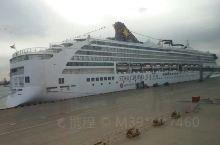 2O18年10月28日至Ⅱ月2日,乘丽星号邮轮游日本的福岗和长崎。在大海上拍摄的日出和日落。在陆地和