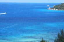 有人说,它是上帝的伊甸园。 有人说,它是印度洋上的珍珠,宝石,眼泪等等。 有人说,它是人间最后的净土
