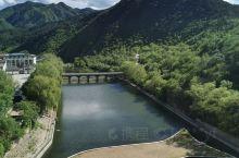 黄花城水长城旅游区位于北京市怀柔区九渡河镇境内,距北京市区65公里,是以奇而著称,融山川、碧水、古长