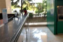 服务态度挺好,房间设施也不错,温泉水也挺热。