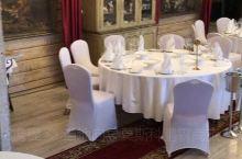 推荐一个位于谢尔盖耶夫镇的餐厅