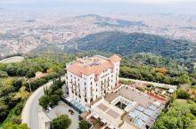 巴塞罗那惊艳酒店:Gran Hotel La Florida 位于Tibibabo山上,以前是战地医