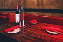 参加迈阿密美食之旅,几个热门餐馆都是在迈阿密海滩,哥伦比亚风味的Bolivar Restaurant