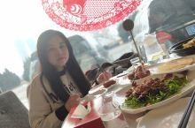 大连星海广场(海上渔港)东西非常好吃!