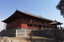奉国寺的大雄殿有照片拍不出的雄浑霸气,辽代的皇家寺庙果然名不虚传,作为全国仅存的三座辽代佛寺应该好好