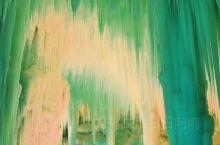 云丘山冰洞群位于山西临汾乡宁县云丘山景区内,2019年2月首次开放。为世界罕见的冰洞奇观。冰洞隐藏在