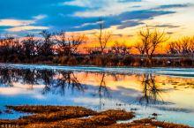 """乌伦古湖被称为""""戈壁大海""""。乌伦古湖是4A级景区,可以说是福海县景点之首了。  乌伦古湖,位于中国新"""