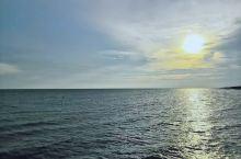 除了玻利维亚之外,在马来西亚也有一个天空之镜,非常适合拍照,随手一拍无须ps就是漂亮的照片。最便利的