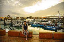 """淡水最有名的莫过于淡水渔人码头了,闻名遐迩的""""淡江夕照""""于此可以一览无余。紧赶慢赶,还是晚了点"""