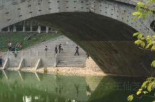 小学课文里学到的赵州桥,中国第一石拱桥。