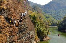 江西修水的东浒寨,又是人不多的景区,但是比较有特色,飞拉达和直升机体验非常棒,我们计划等儿子长大一些