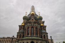 俄罗斯最具影响力的圣彼得堡滴血大教堂:该教堂为记念亚历山大二世沙皇而建的教堂,称为教堂,实际上不是教