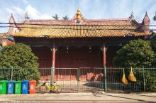 湘潭文庙,位置在雨湖区城正街,文庙左侧有个小门可进入参观,没啥实质内容,大殿均已封锁或者挪为己用,建
