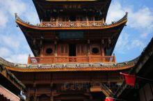 """中天楼   阆中古城立于山环水绕中,在古城的中心建有中天楼,以应风水""""天心十道""""之喻。由中天楼为核心"""