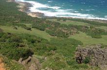墾丁國家公園的海岸線。 這段海岸在佳鵝公路,海岸遼闊壯麗,景色變幻無方,美極! 沿途還會偶遇野生山羊