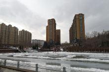 林口县 林口隶属牡丹江市,到了县里感觉到初冬的林口县还是不错的,到南山公园转了一圈由于天气的原因人不