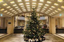Hotel Adlon Kempisiki建于1907年,毗邻柏林的地标建筑勃兰登堡门。理想的地理位