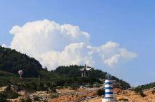 牛郎岗海滨旅游度假区,位于福鼎市秦屿镇东南方,距国家级风景名胜区太姥山23公里,度假区依山面海,与嵛