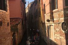 威尼斯看看船来船往