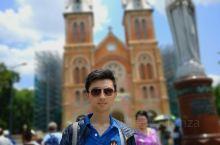 越南胡志明市的西贡圣母大教堂,胡志明市在越南社会主义革命之前就叫做西贡Saigon,这座教堂相传是法