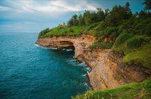 这个国内秘境海岛景美人少,海鲜遍地,性价比还超高! 中国最年轻火山岛——涠洲岛  《中国国家地理》评