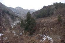 秦岭化羊峪:传说有一小孩在秦岭放羊,陕西的羊现在还是很多的。当时在山里遇到一位道士,于是求着道士给他