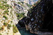"""碧蓝色的圣十字湖Lac de Sainte-Croix  欧洲似乎特别喜欢用这个""""圣""""字,Saint"""