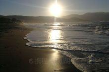 【克里特岛最西端美丽的海滩们,我来啦!】 伊拉克利翁出发,一路向西,左手是山、峡谷、荒原和田野,右手