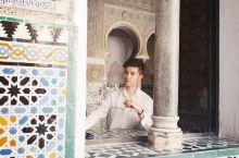 塞维利亚王宫,是《权力的游戏》中多恩王宫的取景地。欧洲与阿拉伯风格相融合的建筑,浓郁的亚热带风情所构