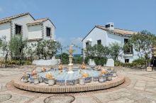三重地中海小镇,其实就是很多地中海风格的旅店组成的,里面不大,如果不住店只参观的话还要500日元门票