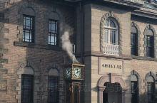 小樽著名的音乐盒堂,门口的钟整点就会发出蒸汽