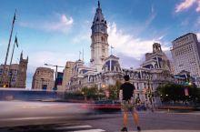 费城市政厅是费城的中心,也是费城的一座标志性建筑,本人经过实地考察,尝试了几个不同的摄影机位推荐给大