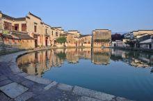 西递、宏村位于安徽省黄山市黟县,是安徽南部民居中最具有代表性的两座古村落,以世外桃源般的田园风光、保