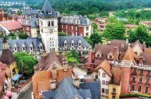 咫尺之遥的欧洲小镇。 看了一下,应该是第一条该地点的航拍。 【特点】城市周边,交通方便,适合婚纱照、