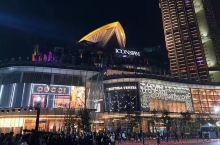 """#曼谷全新地标# 这个堪称世界级豪华零售综合商城的""""湄南河岸水晶宫"""",创造了多个泰国之最! 商场包含"""
